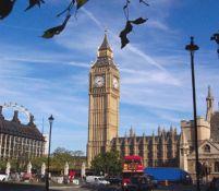 Imigraţia nu aduce beneficii economice Marii Britanii