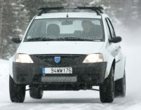 Primele fotografii cu viitorul SUV de la Dacia (FOTO)