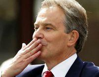"""""""Bla(ir)tist"""" de rang înalt: Fostul premier britanic, prins fără bilet în tren"""