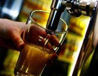 Preţul berii s-ar putea majora cu până la 20% în această vară