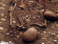 350 de morminte romane au fost descoperite de arheologi în Alba Iulia