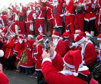 Moş Crăciunii din toată lumea s-au adunat în Danemarca, pentru al 51-lea Congres