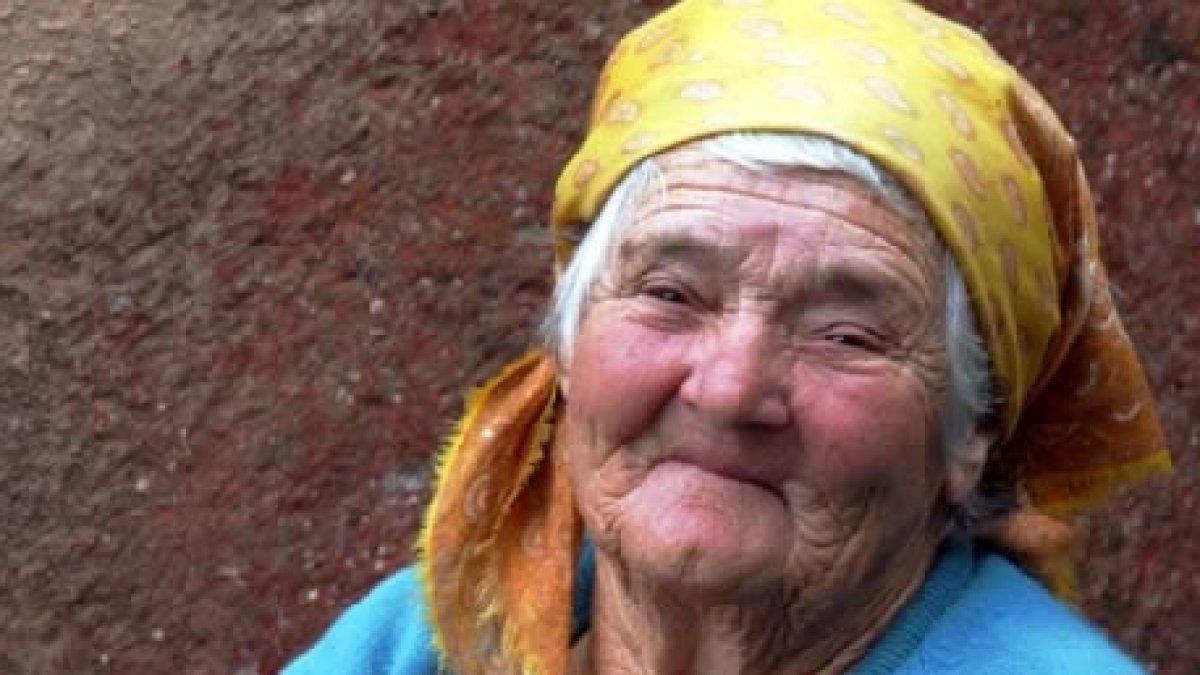 70 de ani de intalnire femeie