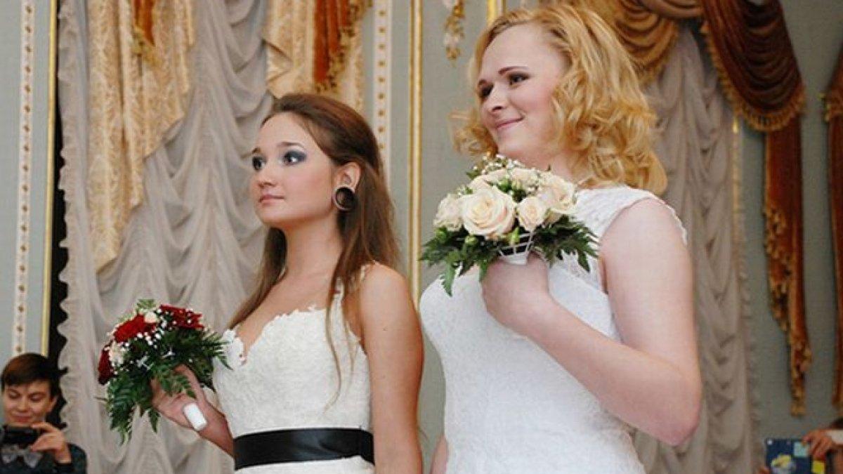 Dating femeile ruse intre casatorie