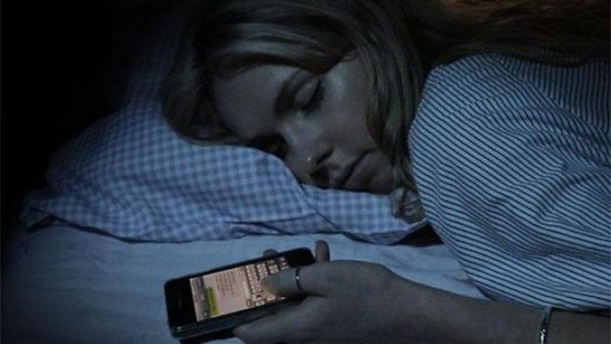 Imagini pentru imagini cu alarma de dimineata