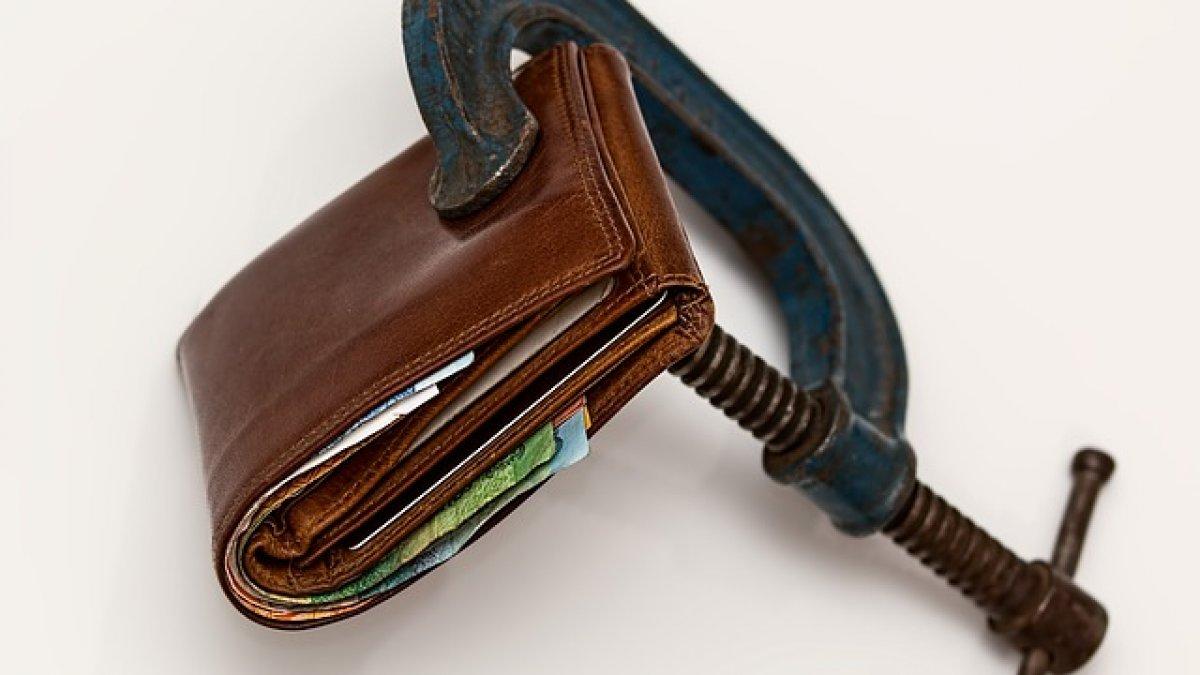 cum să-ți trântești portofelul cu suprasolicitare)