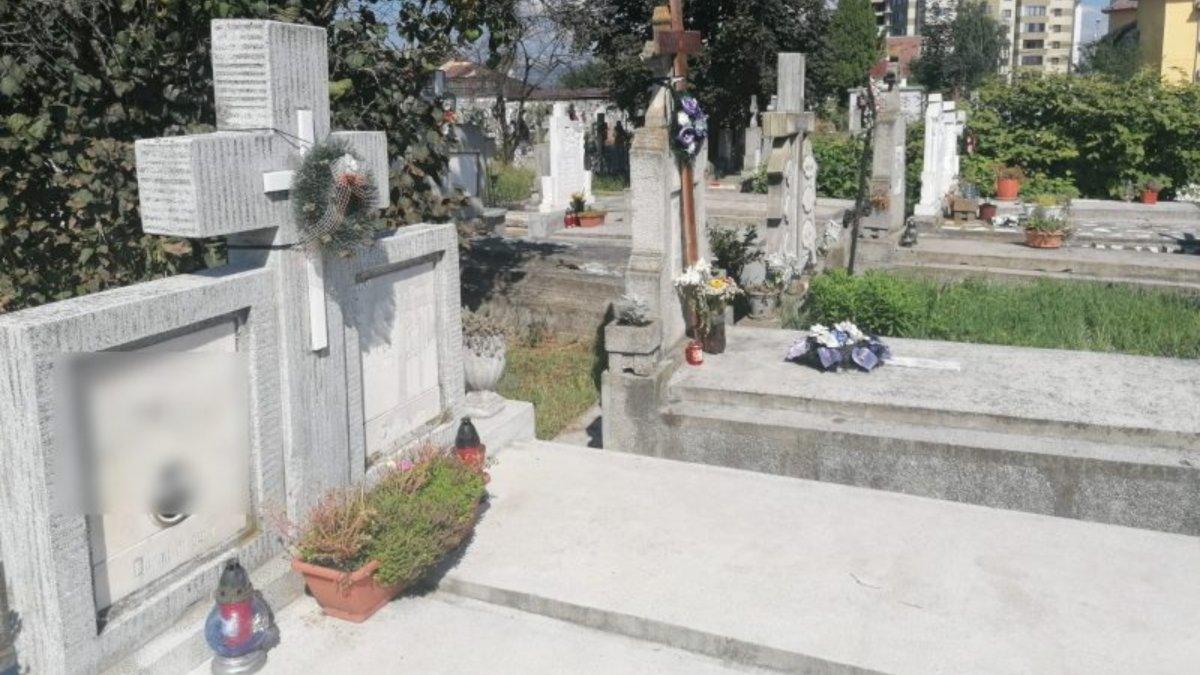 cum să faci bani la piatră de mormânt