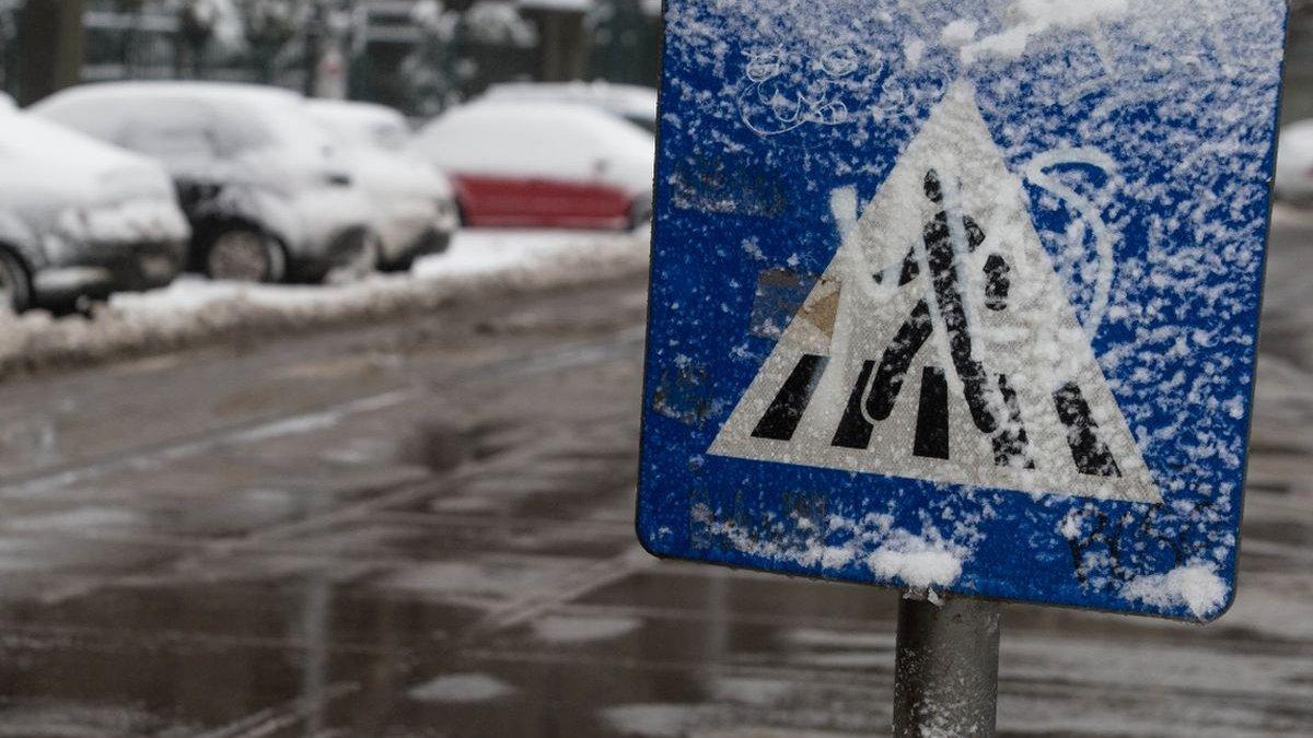 Frig și lapoviță și astăzi! Prognoza METEO 2 decembrie 2020