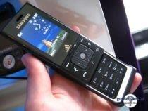 Operatori de telefonie mobilă, amendaţi pentru spam. Cum depui o plângere împotriva sms-urilor nesolicitate