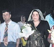 nunta-romaneasca-fotografie-cu-o-mireasa-invinetita-comentata-de ...