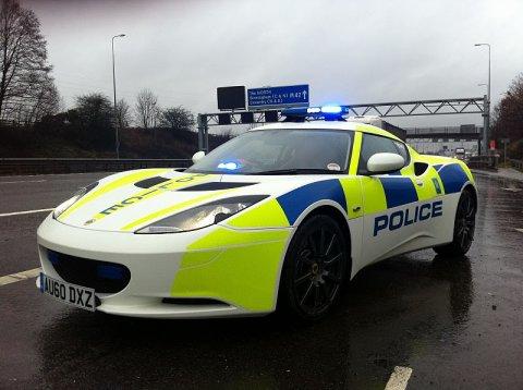 Primul echipaj de elită al Poliţiei Rutiere va fi echipat cu un Lotus Evora S, primit gratuit