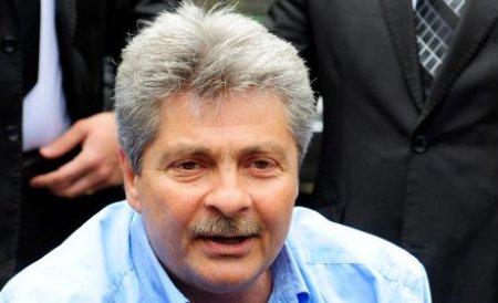 Sorin Ovidiu Vîntu, condamnat la şase luni de închisoare cu executare