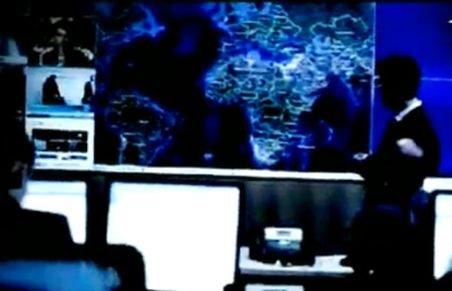 """Liber la interceptări de mail-uri şi apeluri telefonice. România va intra în programul """"Big Brother"""" al UE"""