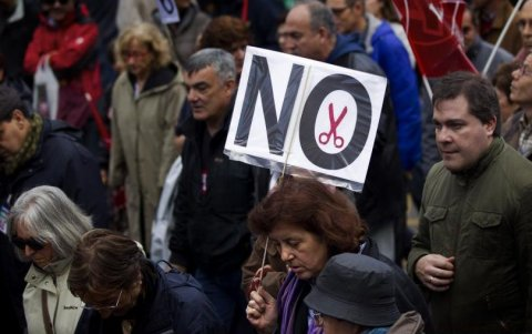 Manifestaţiile paralizează Spania. Mii de oameni au ieşit în stradă ca să protesteze faţă de măsurile de austeritate