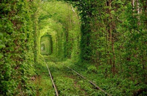 Locul de o frumuseţe înfiorătoare care ţi-ar putea fi fatal. Unul dintre cele mai romantice peisaje din lume