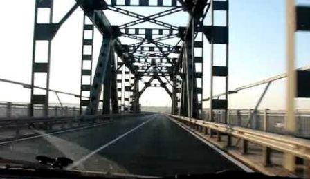 """Bulgarii au început să ne dea lecţii la capitolul """"şosele reparate"""". La noi, drumul e de trei ori mai prost, dar taxa e de trei ori mai mare"""