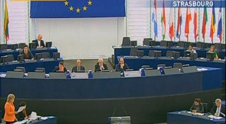 Război în U.E. din cauza lui Traian Băsescu. Watson: Mandatul lui Băsescu este ilegal