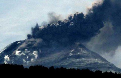 """""""Muntele Apocalipsei"""" este gata să erupă. Specialiştii sunt îngroziţi de urmările pe care le poate avea"""