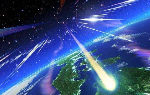 Priveşte cerul! Meteoriţii cad în fiecare an pe Terra, dar cel din Rusia este o raritate. Care sunt temerile şi răspunsurile specialiştilor