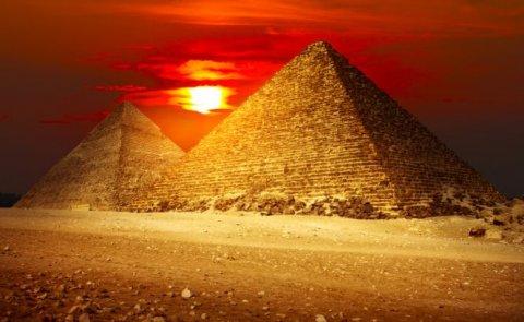 Descoperire istoric? �n Egipt. Arheologii au dezgropat o nou? piramid?