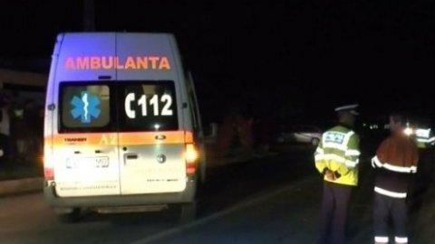 Accident grav în București. Doi bărbați au căzut cu mașina în râul Dâmbovița