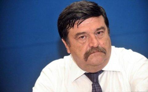 Exces de putere. Un fost judecător CCR spune în cât timp trebuie să se pronunțe Iohannis în...