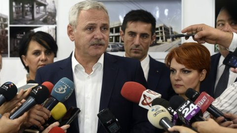 Ce au făcut liderii PSD după încheierea ședinței. Reporterii au rămas fără reacție