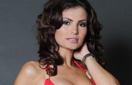 Sabina Petrescu Model Miss univers rom�nia a trecut
