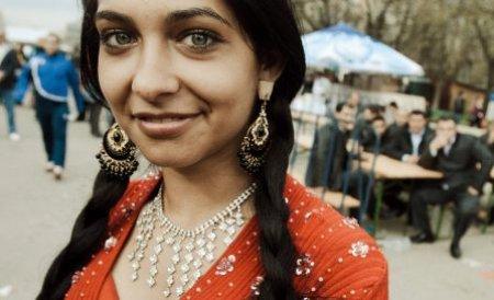 Attractive Roma Women