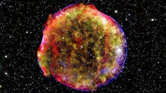"""Ne pândeşte un """"bombardament cosmic colosal"""". O explozie de raze gamma ar putea distruge viaţa pe Terra 534"""
