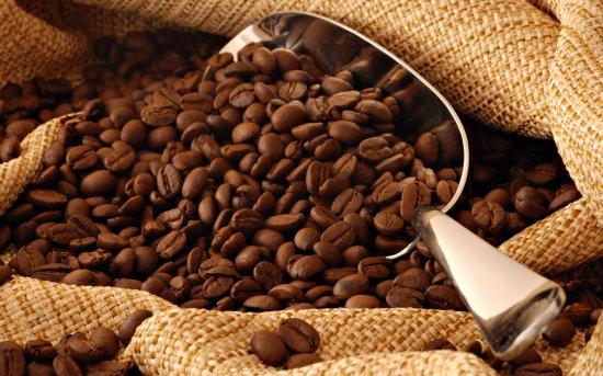 Studiu: Ceaiul şi cafeaua protejează împotriva atacului vascular cerebral 416