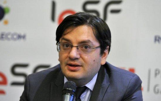 TSD va iniţia o PETIŢIE ONLINE pentru retragerea Ordinului Naţional 'Steaua României' a lui Laszlo Tokes 416