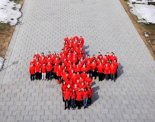 Crucea Rosie Romana de Crucea Roşie Sunt 69
