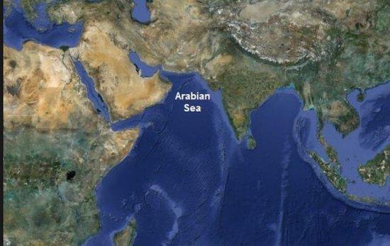 O INSULĂ a apărut în Marea Arabiei, în urma cutremurului puternic produs în Pakistan. Vedeţi imagini cu formaţiunea 407