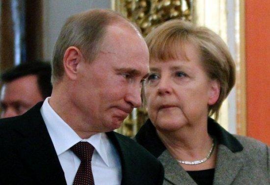 """Angela Merkel i-a transmis lui Vladimir Putin că referendumul din Crimeea este """"ILEGAL"""" 416"""
