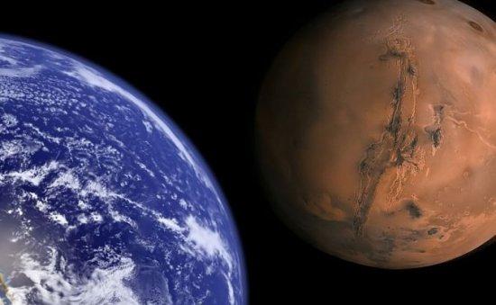 Marte se apropie de Terra. Distanţa cea mai mică dintre cele două planete va fi înregistrată pe 14 aprilie 479