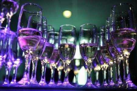 Lumea se îndreaptă către DEZASTRU! Ce țară va vinde băuturi alcoolice PUDRĂ 772