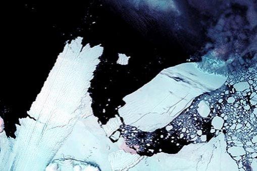 """Se întâmplă lucruri NEOBIŞNUITE sub scoarţa terestră. """"Antarctica se ÎNALŢĂ cu o repeziciune ciudată"""" 442"""