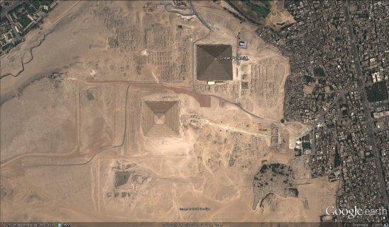"""Descoperire ULUITOARE. Ce se află de fapt SUB piramidele din Egipt. """"Am găsit asta cu Google Earth"""" 442"""