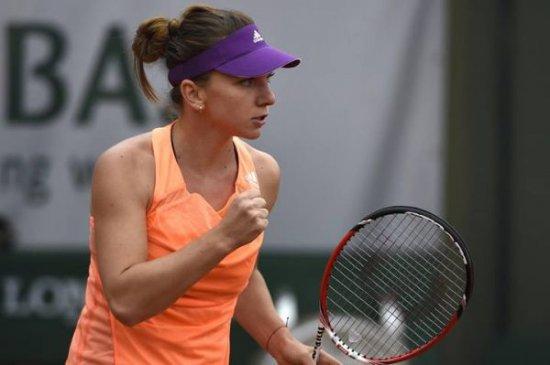 """Atmosferă de VIS la Roland Garros pentru Simona Halep. """"Este o performanţă ISTORICĂ pentru tenisul românesc din ultimii 17 ani"""" 442"""