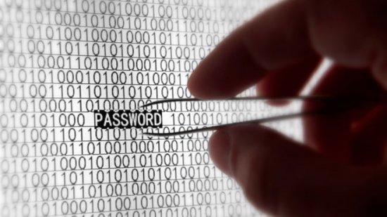 ÎNCHISOARE PE VIAŢĂ pentru hackerii care vor lansa atacuri informatice în Marea Britanie 482