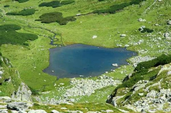 """Imagini spectaculoase cu un loc MAGIC din România. Lacul """"fără fund"""" care COMUNICĂ cu Marea Neagră 442"""