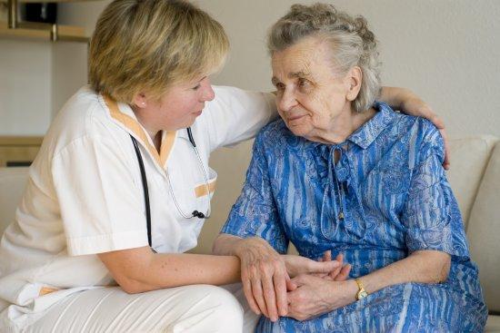 Studiu: Alzheimer, o boală care poate fi prevenită prin activitate fizică 768
