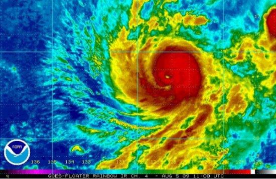 Paradisul din Hawaii s-ar putea transforma în iad. Două uragane se vor abate asupra arhipelagului în 48 de ore 442