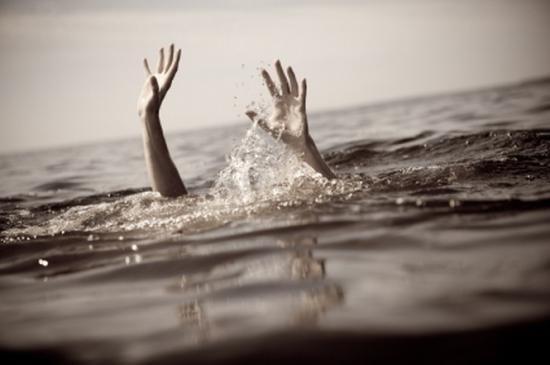 Peste 500 de imigranţi, dispăruţi într-un naufragiu în Mediterană. Accidentul ar fi fost provocat intenţionat 418