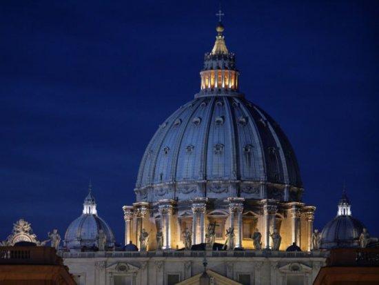 Cocaină şi canabis, într-o maşină diplomatică a Vaticanului interceptată în Franţa 405