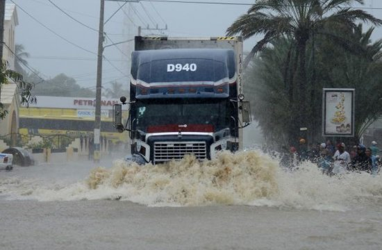 Inundaţii GRAVE în Italia. Cel puţin doi oameni au murit, ARMATA a intervenit în zonele afectate 416