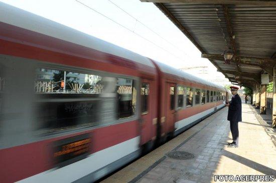 A venit vacanţa. Cu trenul din Franţa...Infrastructura feroviară ar avea nevoie de 17,4 miliarde lei, de patru ori peste cât asigură Guvernul 534