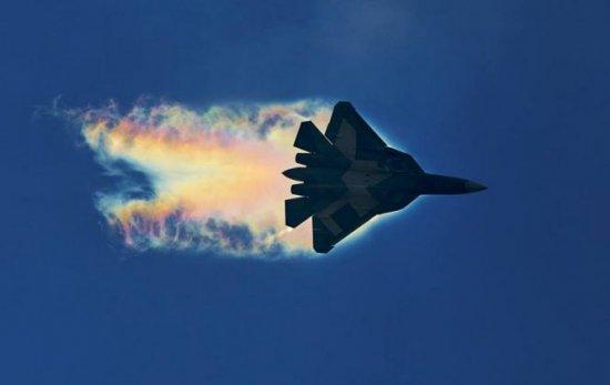 Escaladare majoră a tensiunilor dintre Rusia şi SUA. Ruşii îi avertizează pe americani să-şi retragă avioanele de război din Siria 127
