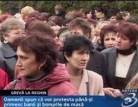 300 de muncitori au protestat la Reghin